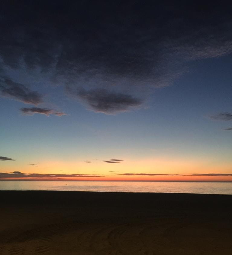 atardecer en Estepona desde la playa de la rada